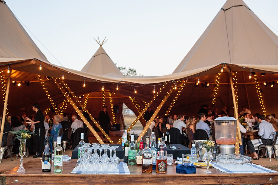 Lej smukke tipi telte til fest hos VIP Teltudlejning i Ringsted